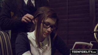 TEENFIDELITY – Schoolgirl Cutie Alaina Dawson Creampied on Teacher's Desk